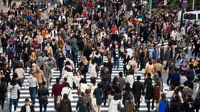 Japonya'da nüfus düşüşe geçti: Çareyi yabancı işçide arıyorlar