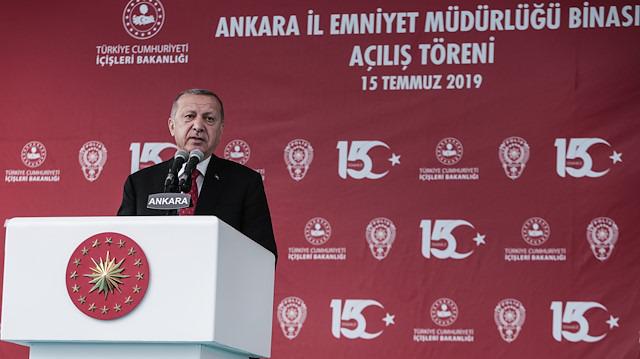 Cumhurbaşkanı Erdoğan: Hiç kimse bu Millete diz çöktüremeyecektir