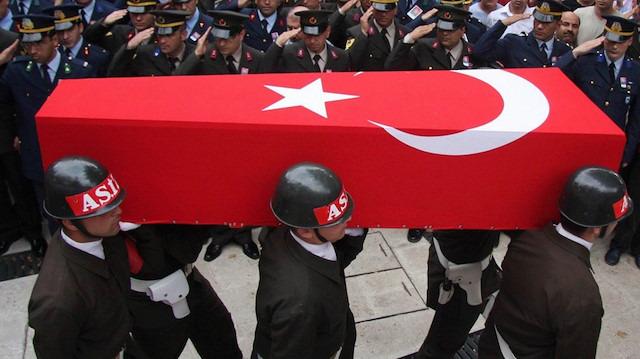 Bitlis'te askeri araca hain saldırı: Bir askerimiz şehit oldu