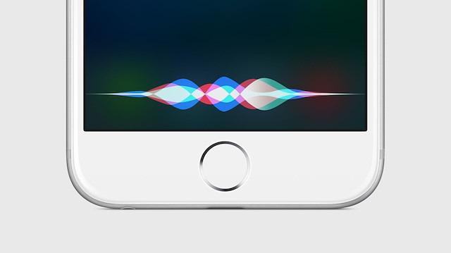 Apple çalışanları Siri üzerinden 'kaydedilen seslere' kulak misafiri oluyor!