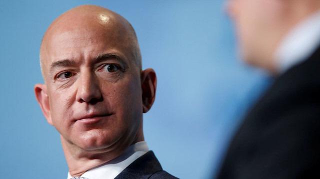 Jeff Bezos, 1.8 milyar dolarlık Amazon hissesi sattı