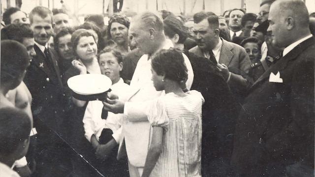 Atatürk'ün dini bayramlar hakkındaki görüşlerini ortaya koyan belge arşivden çıkarıldı