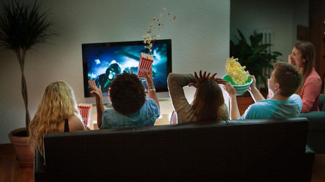 Bayramda akraba ziyaretlerinden sıkılanlar için IMDb'de yer alan en iyi 10 film