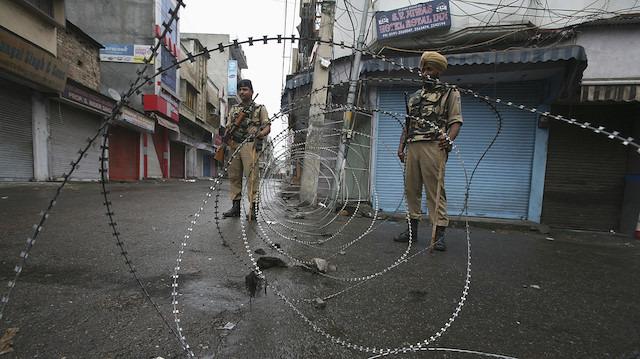 Hindistan'dan tepki çekecek adım: 125 bin ilave güvenlik gücü konuşlandırdı