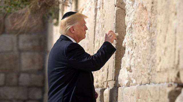 Trump, Yahudi oylarının Demokrat Parti adayına gideceğinden korkuyor