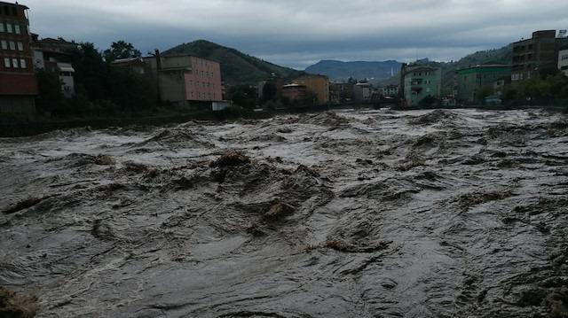 Samsun'da sel felaketi: İki kişi öldü