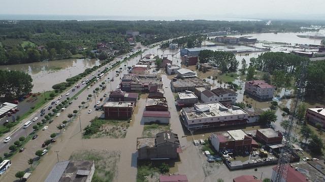 Samsun'da sel tahribatı büyük: Ulaşılamayan köy yolları var