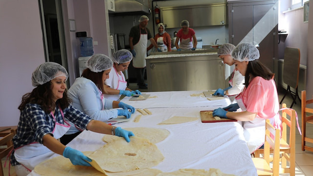 Öğretmenler mutfağa girdi: Öğrencilerimizin beslenmesini önemsiyoruz