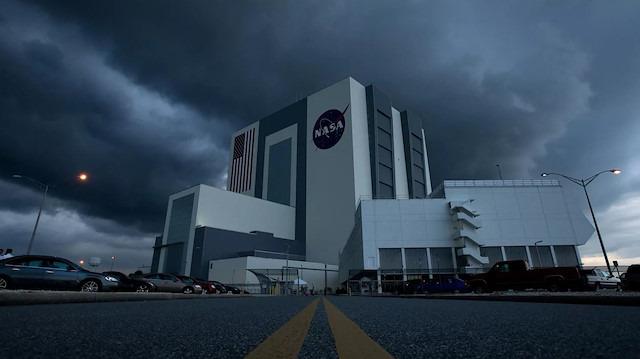 NASA'nın Florida'daki Kennedy Uzay Merkezi yaklaşan Dorian Kasırgası'na hazırlanıyor