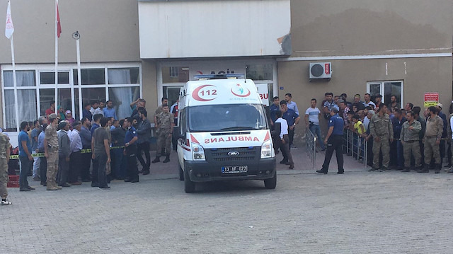 Bitlis'te minibüs şarampole devrildi: 10 ölü 8 yaralı
