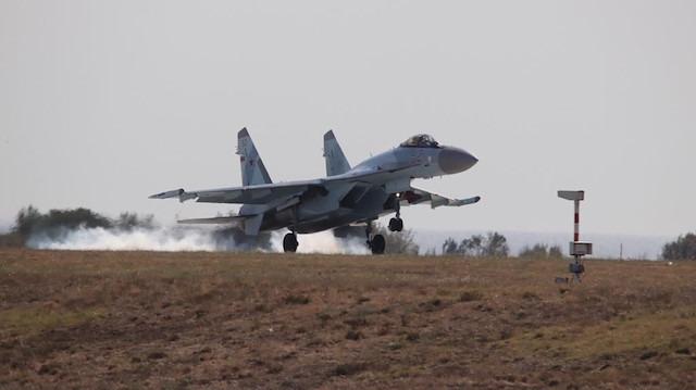 TeknoFest'te SU-35 sürprizi: İstanbul'a iniş yaptı