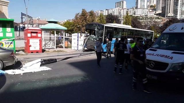 Ankara'da halk otobüsü durağa girdi! Ölü ve yaralılar var