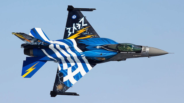 Rum medyası: Türkiye korkusundan F-16'ları uçuramadık