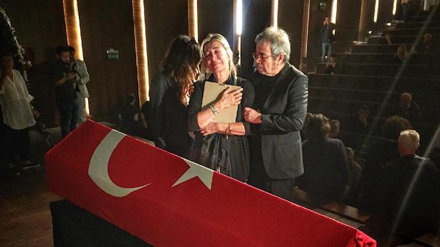 Tarık Ünlüoğlu'nun cenaze töreninde hırsızlık: Selçuk Yöntem'in parası çalındı