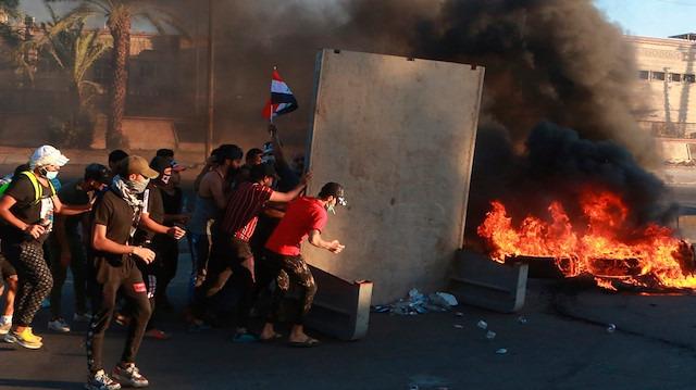 Irak'ta ölenler 100'ü buldu: Başbakana istifa çağrısı
