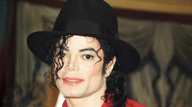 Telif haklarından en fazla kazandıran şarkıcı Michael Jackson oldu
