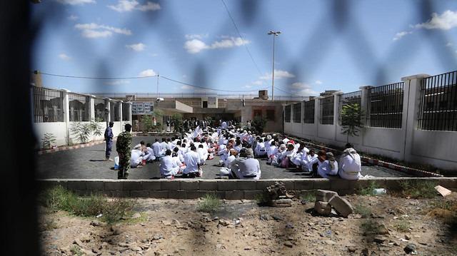 Yemen'deki Husilerden esir takası teklifi