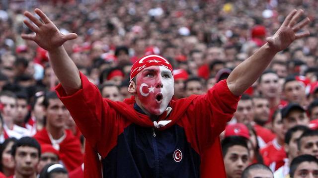 Stade de France'a Türk akını: 40 bin Türk'ün gitmesi bekleniyor