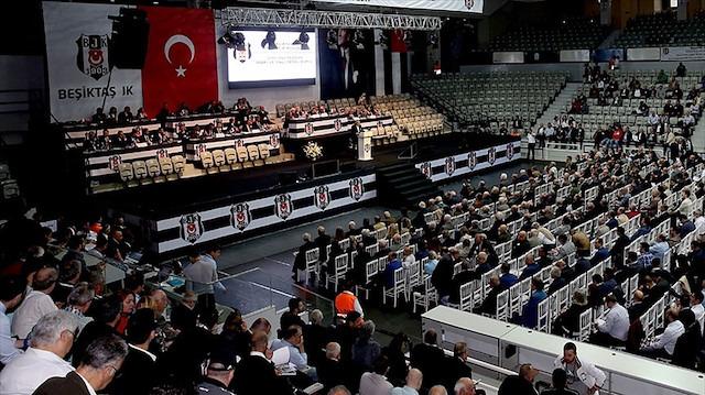 Beşiktaş'ın başkan adaylarından İsmail Ünal, adaylıktan çekildi