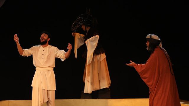 Leyla ile Mecnun oyunu Ankaralılardan tam not aldı