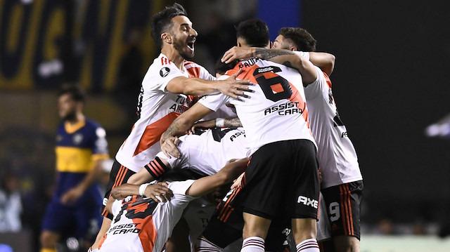 River Plate, Boca Juniors'ı eledi!