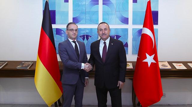 Bakan Çavuşoğlu'ndan Almanya'ya net mesaj: Müttefikseniz gereğini yapın