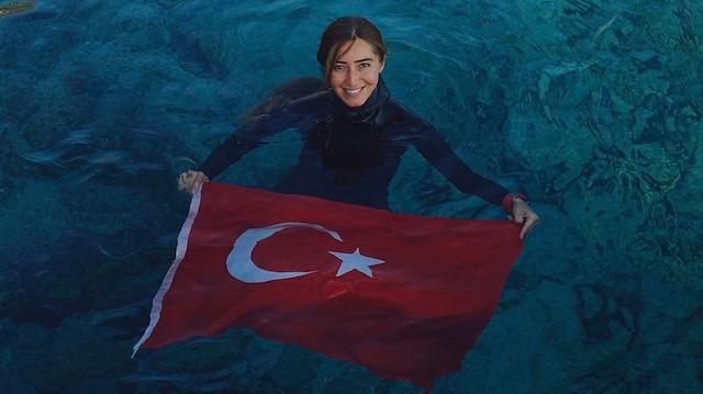 Şahika Ercümen paletsiz dalışta kadınlar dünya rekorunu kırdı