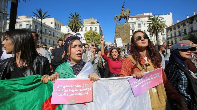 Cezayir'de seçimler için son nokta konuldu