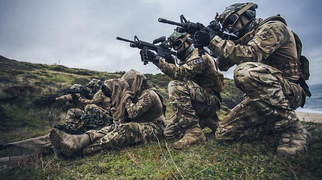 SAS timleri tuzaklanan bombaları imha etti