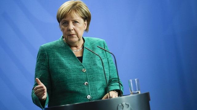 Cumhurbaşkanı Erdoğan'ın uyarısı sonrası Merkel'den mali yardım sinyali