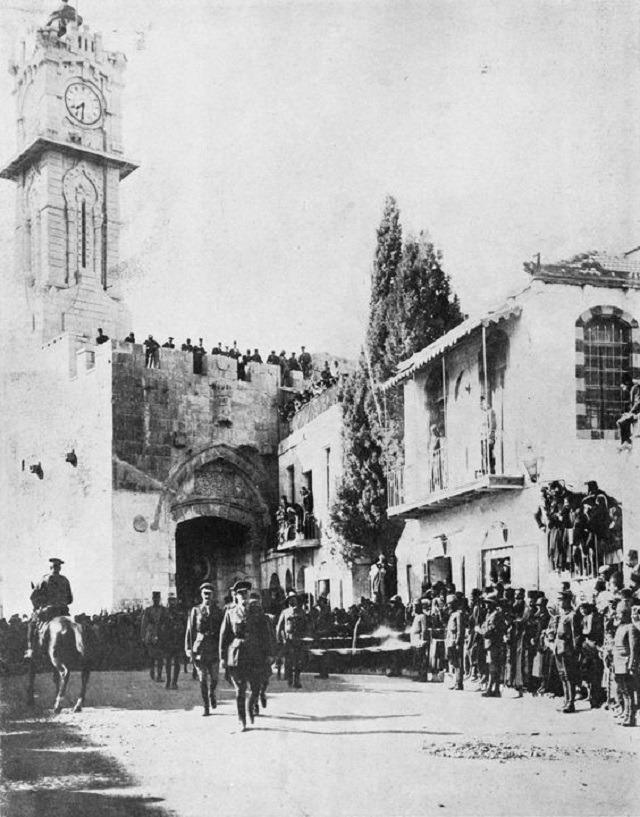 """""""Allenby, Kudüs'te Salahaddin'in kabrini tekmeledi"""""""