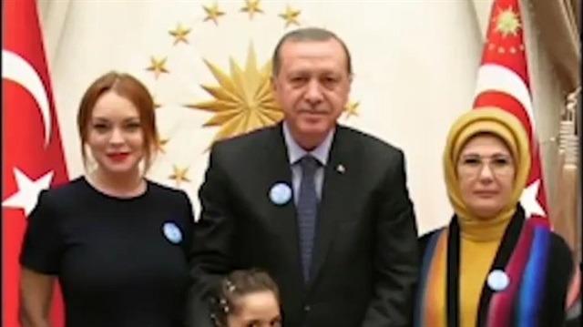 Hollywood yıldızı Lindsay Lohan'dan Cumhurbaşkanı Erdoğan'a övgü dolu sözler