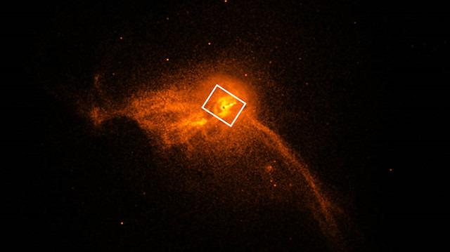 Astrofizikte devrim: Merakla beklenen ilk 'kara delik' fotoğrafı yayınlandı