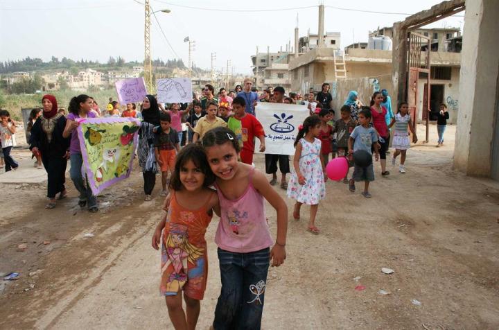 Lübnan'nın kuzeyinde bulunan Nahr el Bared kampında yaşamlarını sürdüren Filistinli çocuklar.