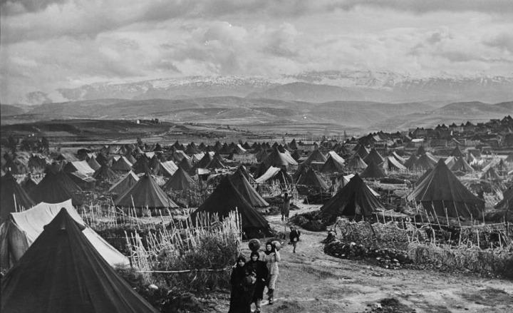 Toprakları işgal edilen Filistinlilerin büyük çoğunluğu mülteci kamplarında yaşamak zorunda kaldı.