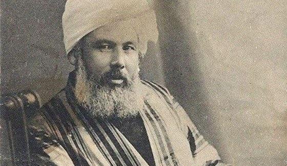 Abdurreşid İbrahim Efendi, Hindistan'da yerel kıyafetlerle.