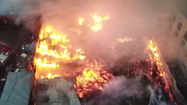Esenyurt fabrika yangınının havadan görüntüleri