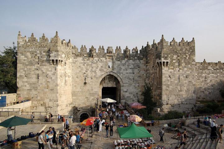 Şam Kapısı'nın önündeki bu hareketli manzara, artık mazide kaldı.