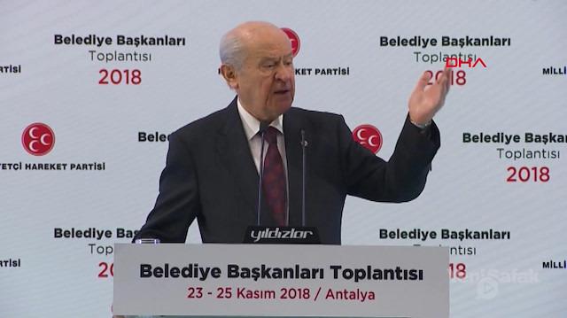 MHP lideri Bahçeli: İstanbul Ankara ve İzmir'de aday göstermeyeceğiz