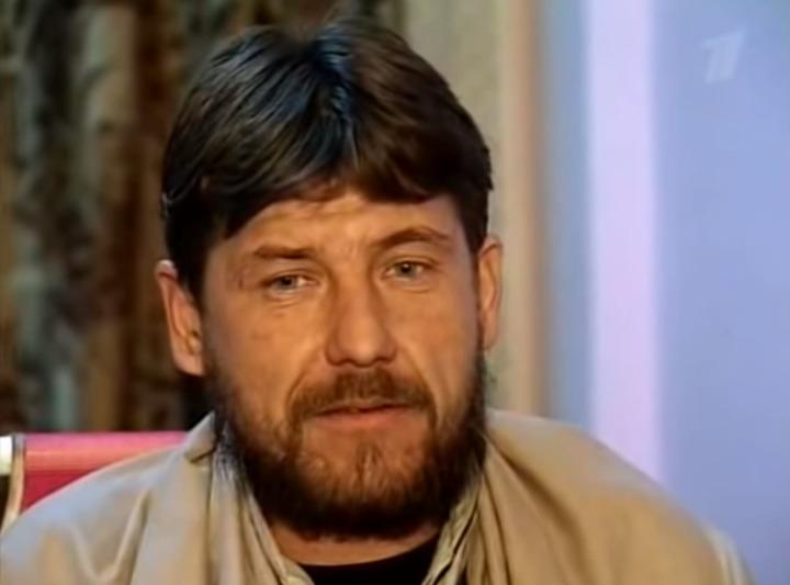 Nikolay Vyrodov Sovyetlerin günahsız Afgan sivilleri öldürmesine şahit olduktan sonra Afgan mücahidlerine katılmaya karar vermiş.