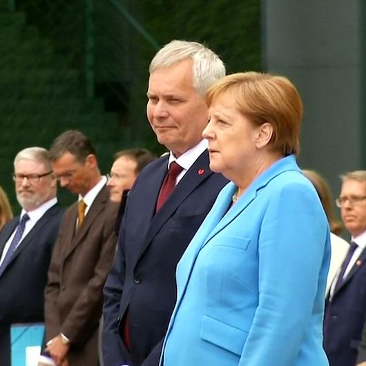 Merkel 3. kez titreme nöbeti geçirdi