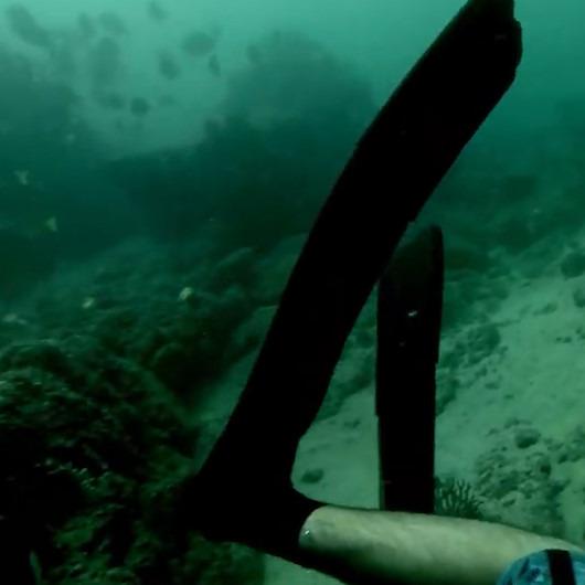 Depreme su altında yakalanan dalgıçların kaydettiği ürkütücü görüntüler