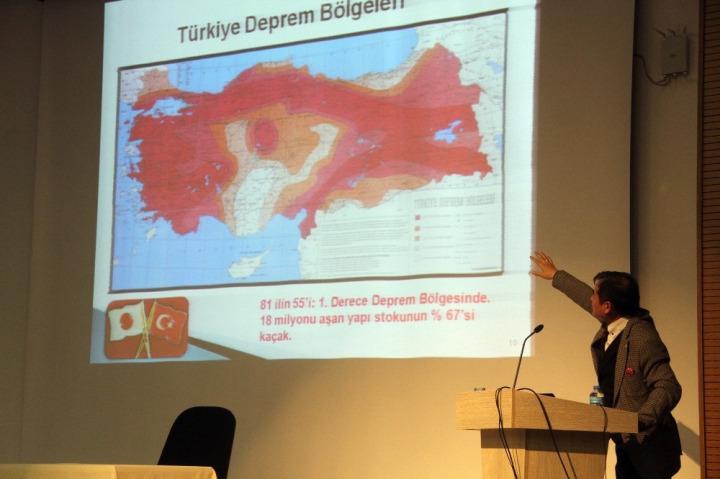 Japon deprem uzmanı risk altındaki bölgeleri bu harita ile aktardı.