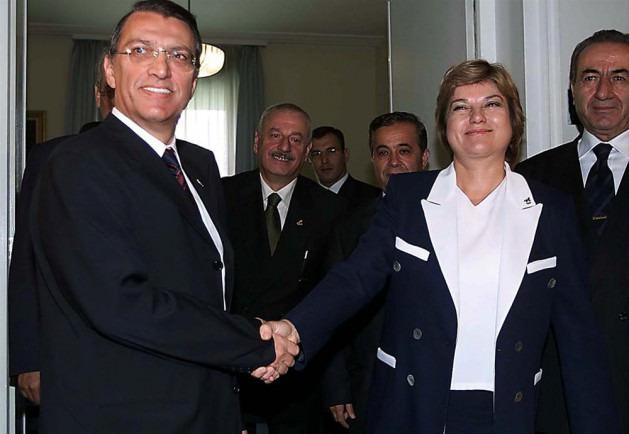 Üstakıl Erbakan'ın hükümette olmaması için Tansu Çiller ve Mesut Yılmaz'a baskı yaptı