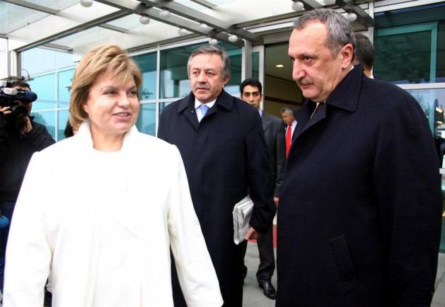 'Derin devlet krizi' Çiller'e uzandı, Mehmet Ağar istifa etti