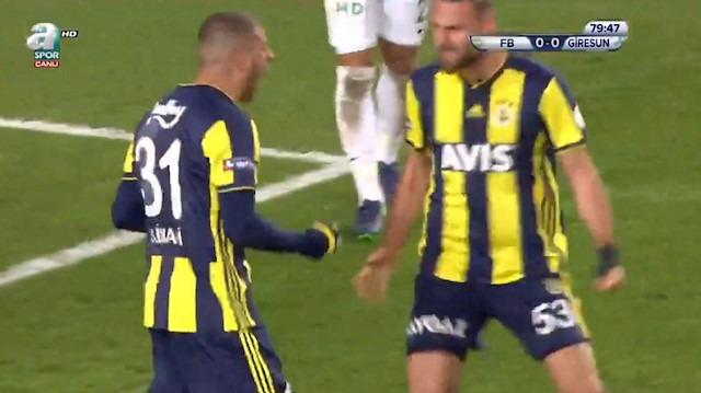 Slimani'den Giresunspor'a usta işi gol: Kaleci her şeyi yaptı ama olmadı