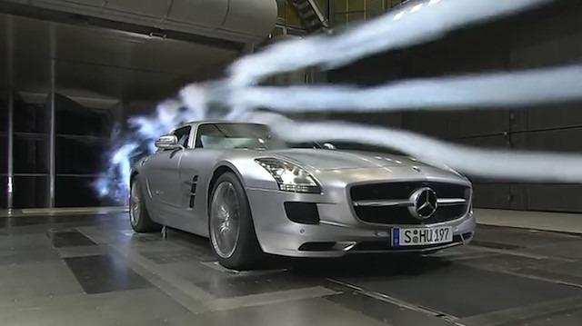 Mercedes SLS'nin rüzgar tüneli testi