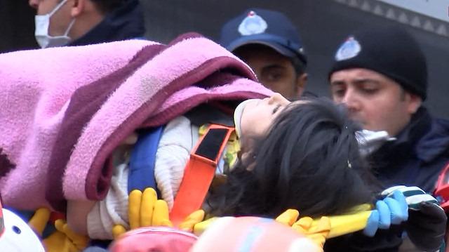 Küçük Havva Kartal'daki enkazdan 18 saat sonra kurtarıldı