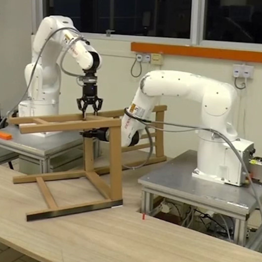 Mobilya monte edebilen 'robot' geliştirildi