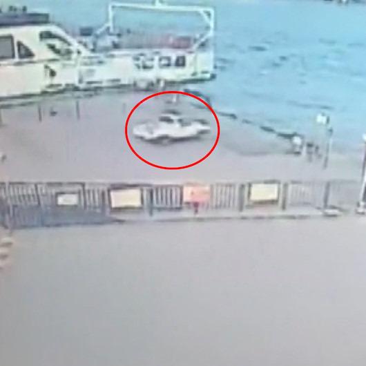Arabalı vapura gitmek isterken denize uçan aracın kaza anı kamerada